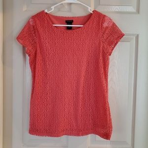 Coral tshirt with lace detail